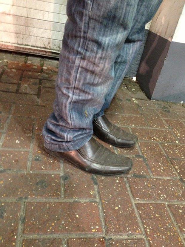 Jeans and Sheuxsss: Еженедельные обзоры худших сочетаний обуви и джинсов. Изображение № 6.