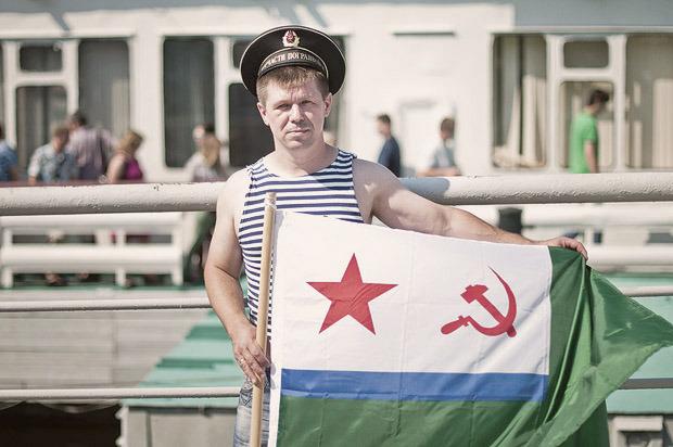 Детали: Моряки и корабли на Дне ВМФ в Санкт-Петербурге. Изображение № 9.