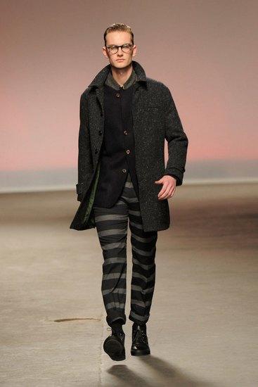 Марка Oliver Spencer представила осеннюю коллекцию одежды. Изображение № 6.