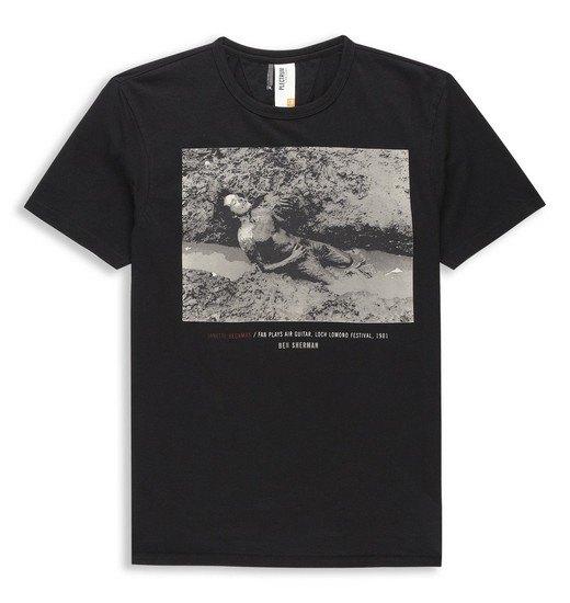 Марка Ben Sherman и музыкальный фотограф Джанет Бекман выпустили совместную коллекцию футболок. Изображение № 10.