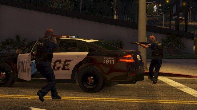 Агентство Media Lense: Фоторепортажи из горячих точек и бандитских районов в GTA V Online. Изображение № 18.
