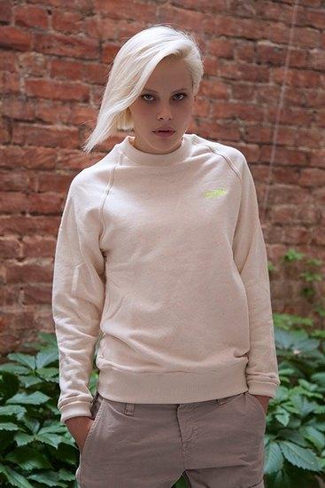 Российско-американская марка Ziq & Yoni выпустила лукбук летней коллекции одежды. Изображение № 16.