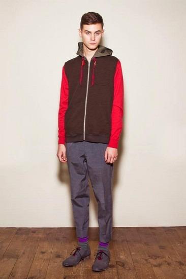 Марка Undercover опубликовала лукбук весенней коллекции одежды. Изображение № 13.