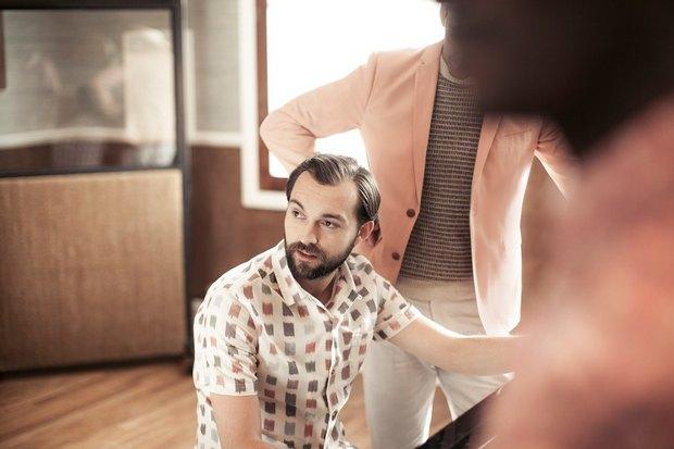 Марка Ben Sherman и журнал The Rig Out выпустили лукбук весенней коллекции одежды. Изображение № 7.