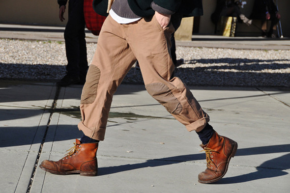Изображение 33. Шарфы, клатчи, клетчатые пиджаки и подвернутые джинсы.. Изображение № 47.
