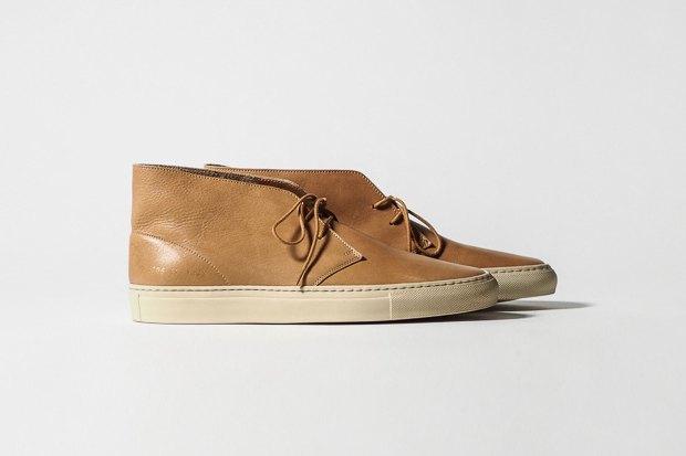Марка Common Projects опубликовала лукбук осенне-летней коллекции обуви. Изображение № 7.
