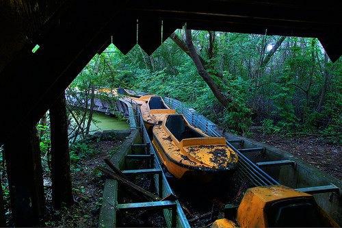 На eBay выставлен заброшенный парк аттракционов . Изображение № 5.