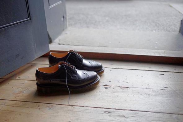 Крутой замес: Новая коллекция ботинок Dr Martens. Изображение № 6.