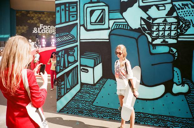 Фоторепортаж с выставки Faces & Laces. Изображение №20.