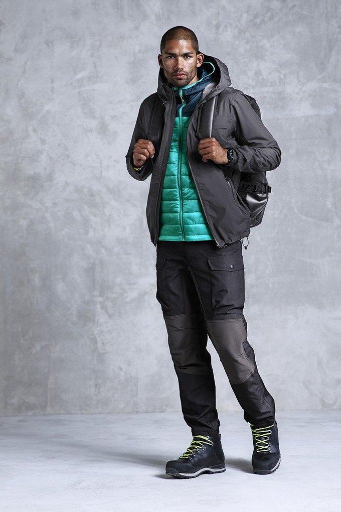 H&M представила новую коллекцию одежды для спорта. Изображение № 1.