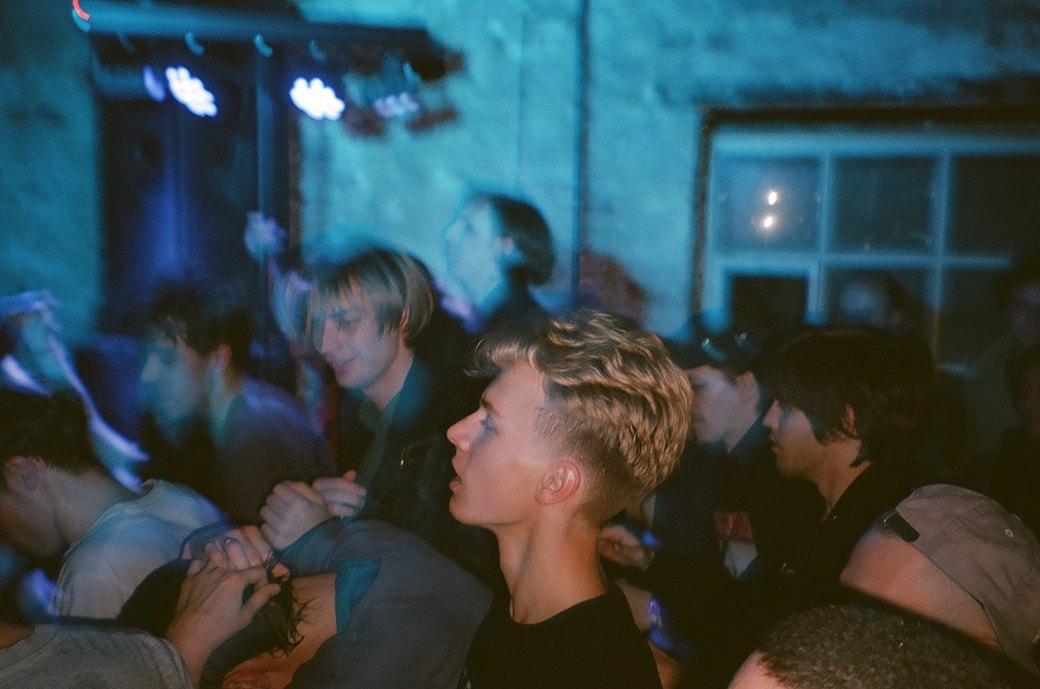 Фоторепортаж: «Замес» в клубе «Смена». Изображение № 6.