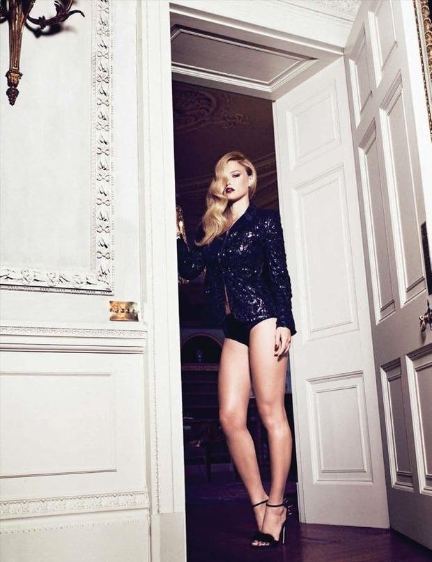 Модель Бар Рафаэли снялась у фотографа Саймона Эмметта. Изображение № 3.