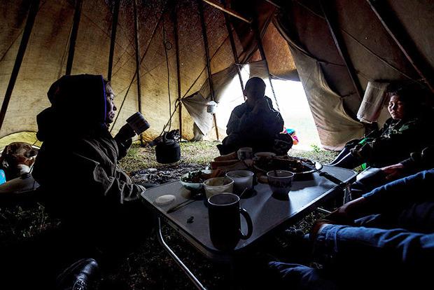 «Были только мы, олени, опять олени и рыба»: 7 дней английского телеведущего на Ямале. Изображение № 11.