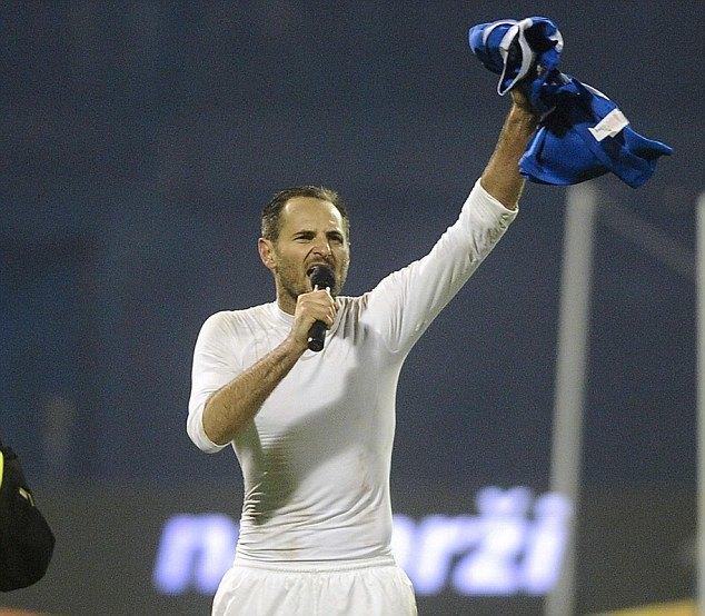 Хорватского футболиста отстранили от чемпионата мира за фашистское приветствие. Изображение № 1.