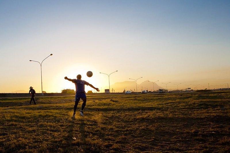 Как выглядит дворовый футбол на окраинах Кейптауна. Изображение № 6.
