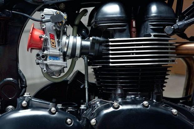 Испанская мастерская Kiddo Motors представила кастом модели Triumph Thruxton. Изображение № 4.