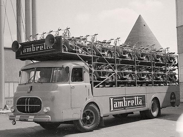 Малым ходом: История расцвета и банкротства легендарной марки мотороллеров Lambretta. Изображение № 4.