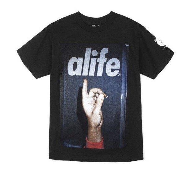 Американская марка Alife представила весеннюю коллекцию футболок. Изображение № 12.