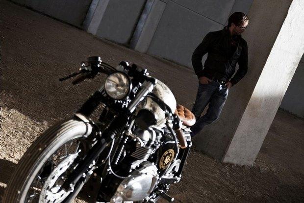 Итальянская мастерская Centro Modo Lodi представила «королевский» кастом модели Triumph Thruxton. Изображение № 21.