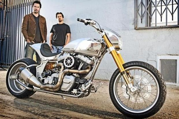 Киану Ривз основал компанию по производству кастомных мотоциклов на базе Harley-Davidson. Изображение № 2.
