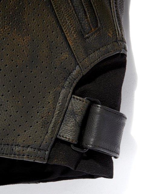 Марки Wrangler и Alpinestars выпустили совместную коллекцию одежды. Изображение № 6.