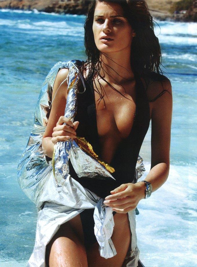 Модели Аня Рубик и Андреа Дьякони снялись обнаженными у фотографа Марио Сорренти. Изображение № 7.