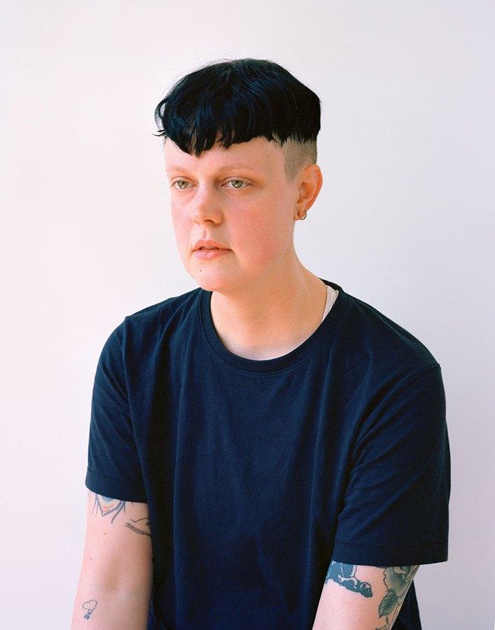 «Мужчина без рубашки не опасен, другое дело – женщина»: Фотопроект Джессики Ятрофски о наготе. Изображение № 17.