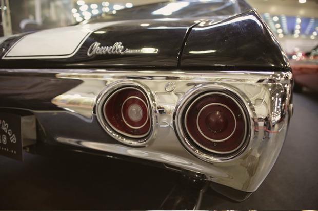 Машина времени: 8 лучших ретроавтомобилей с выставки «Олдтаймер». Изображение № 50.