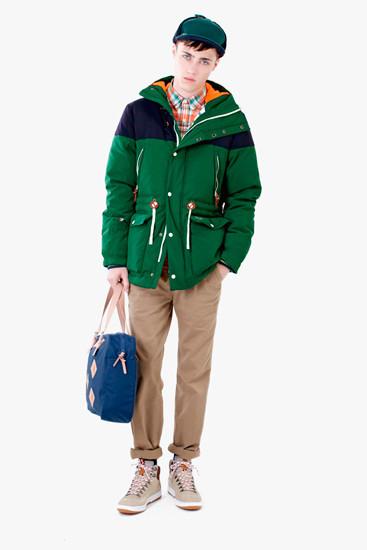 Марка Lacoste выпустила осеннюю коллекцию одежды линейки L!VE . Изображение № 1.
