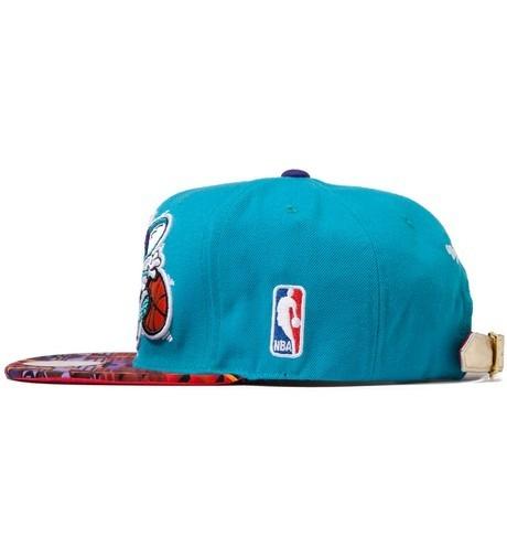 Genesis Project совместно с Pendleton выпустили вторую коллекцию кепок с символикой команд НБА. Изображение № 7.
