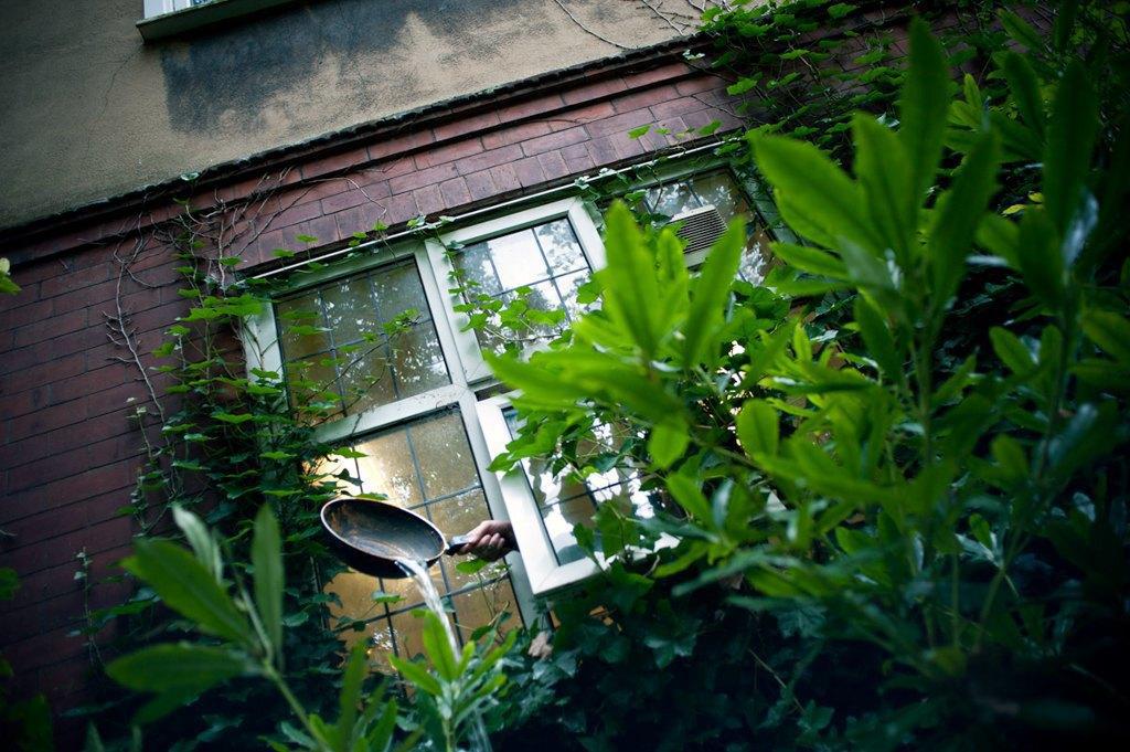Как британские подростки создают панк-сообщества в заброшенных домах. Изображение № 10.