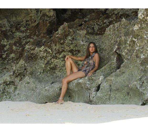 Бразильянка продала свою девственность за 780 тысяч долларов. Изображение № 3.