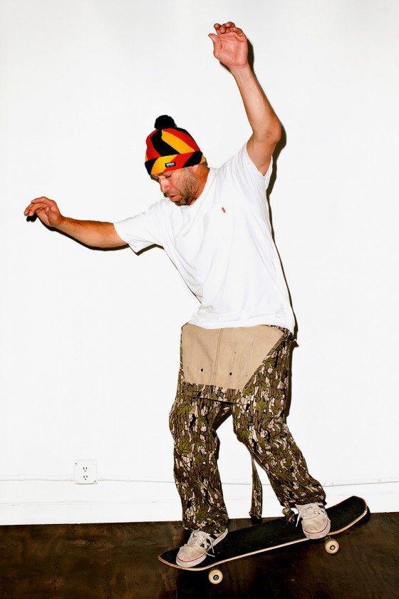 Терри Ричардсон снял Марка Гонсалеса в лукбуке марки Supreme. Изображение № 5.