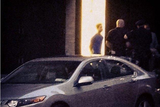 Актёра Шайю ЛаБафа арестовали за дебош в театре. Изображение № 1.