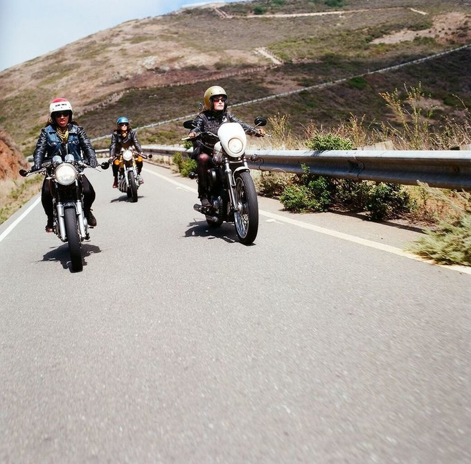 La Motocyclette: Американская фотовыставка доказывает право девушек называться байкерами. Изображение № 21.
