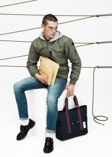 Марки Wood Wood и Eastpak выпустили лукбук совместной коллекции одежды. Изображение № 1.