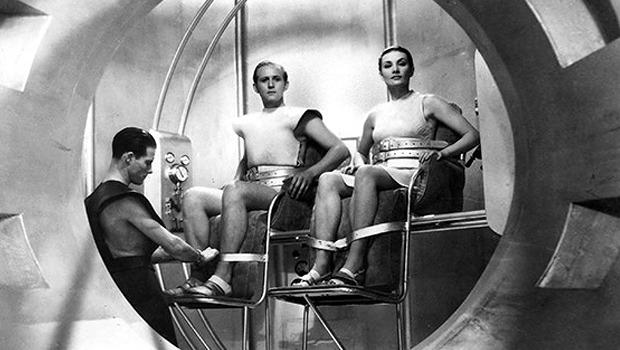 Облик грядущего: Какой представляли одежду будущего режиссеры фантастических фильмов. Изображение № 18.