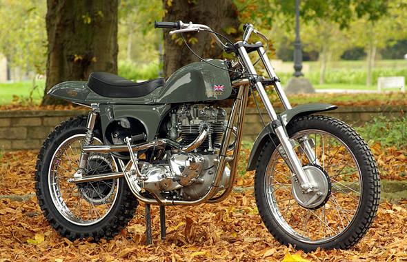 Календарь с кастомизированными мотоциклами сайта Bike EXIF. Изображение № 5.