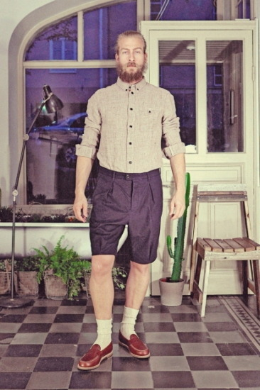Марка Uniforms for the Dedicated опубликовала лукбук весенней коллекции одежды. Изображение № 17.