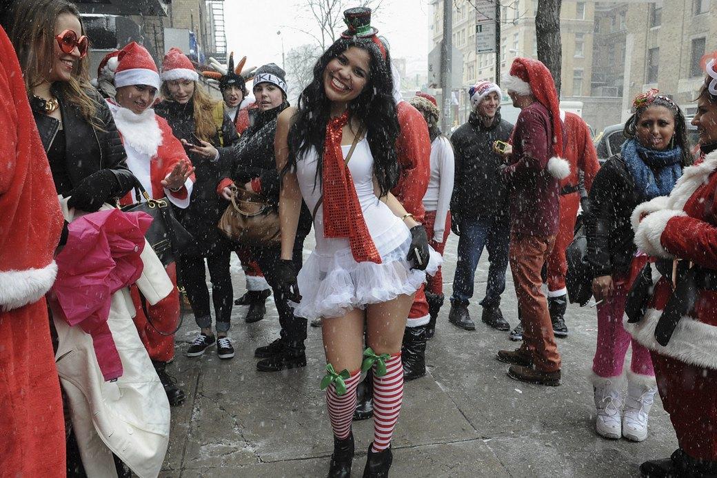 Плохие Санты: Фотохроника самого безумного рождественского флешмоба. Изображение № 9.
