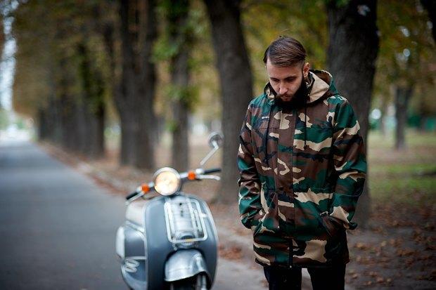 Украинская марка FreakDays Clothing опубликовала лукбук новой коллекции. Изображение № 9.