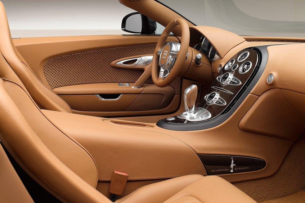 Бугатти показала новый Veyron Grand Sport Vitesse, посвященный брату основателя компании. Изображение № 6.