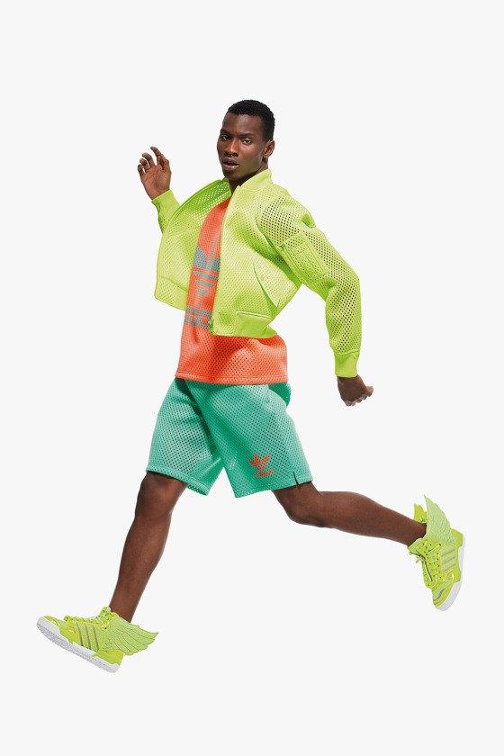 Adidas Originals и Джереми Скотт выпустили лукбук новой коллекции. Изображение № 15.
