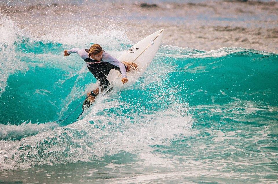 Russia Goes Surfing: Репортаж из серферского лагеря на Мальдивах. Изображение № 19.