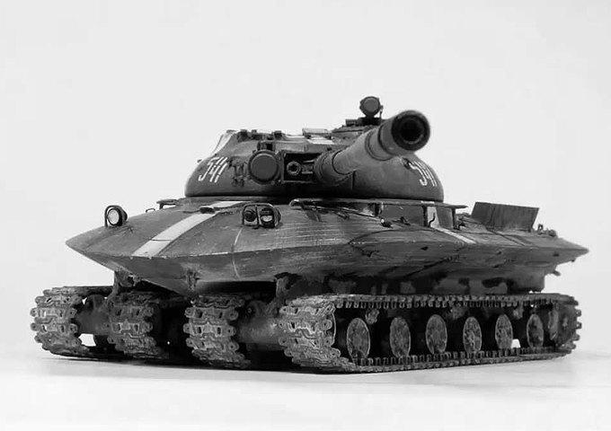 Летающий танк, дирижабль-авианосец и другие виды безумной военной техники. Изображение №2.