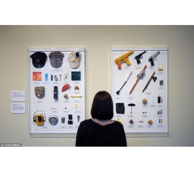 Лондонский учитель показал коллекцию конфискованного у школьников оружия за 30 лет. Изображение № 18.