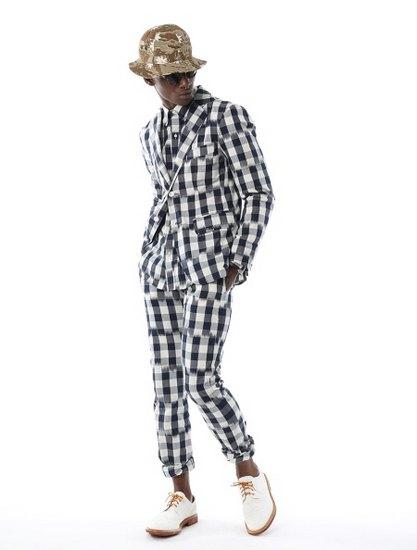 Дизайнер Марк МакНейри выпустил лукбук весенней коллекции одежды. Изображение № 1.