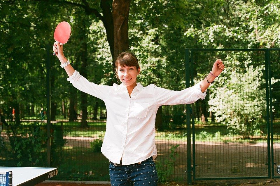 Фоторепортаж: Женский турнир по пинг-понгу в Нескучном саду. Изображение № 20.