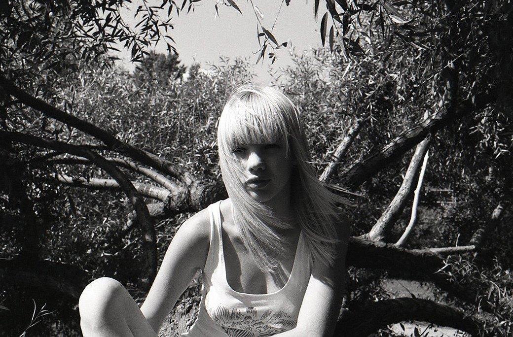 Фифа-2012: Читатели выбирают «Девушку FURFUR» этого года. Изображение № 42.