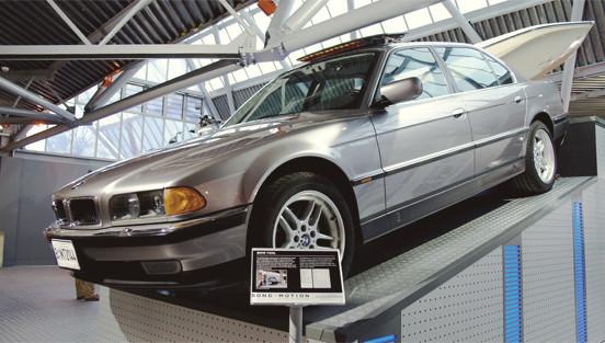 Репортаж с выставки машин Джеймса Бонда. Изображение № 15.